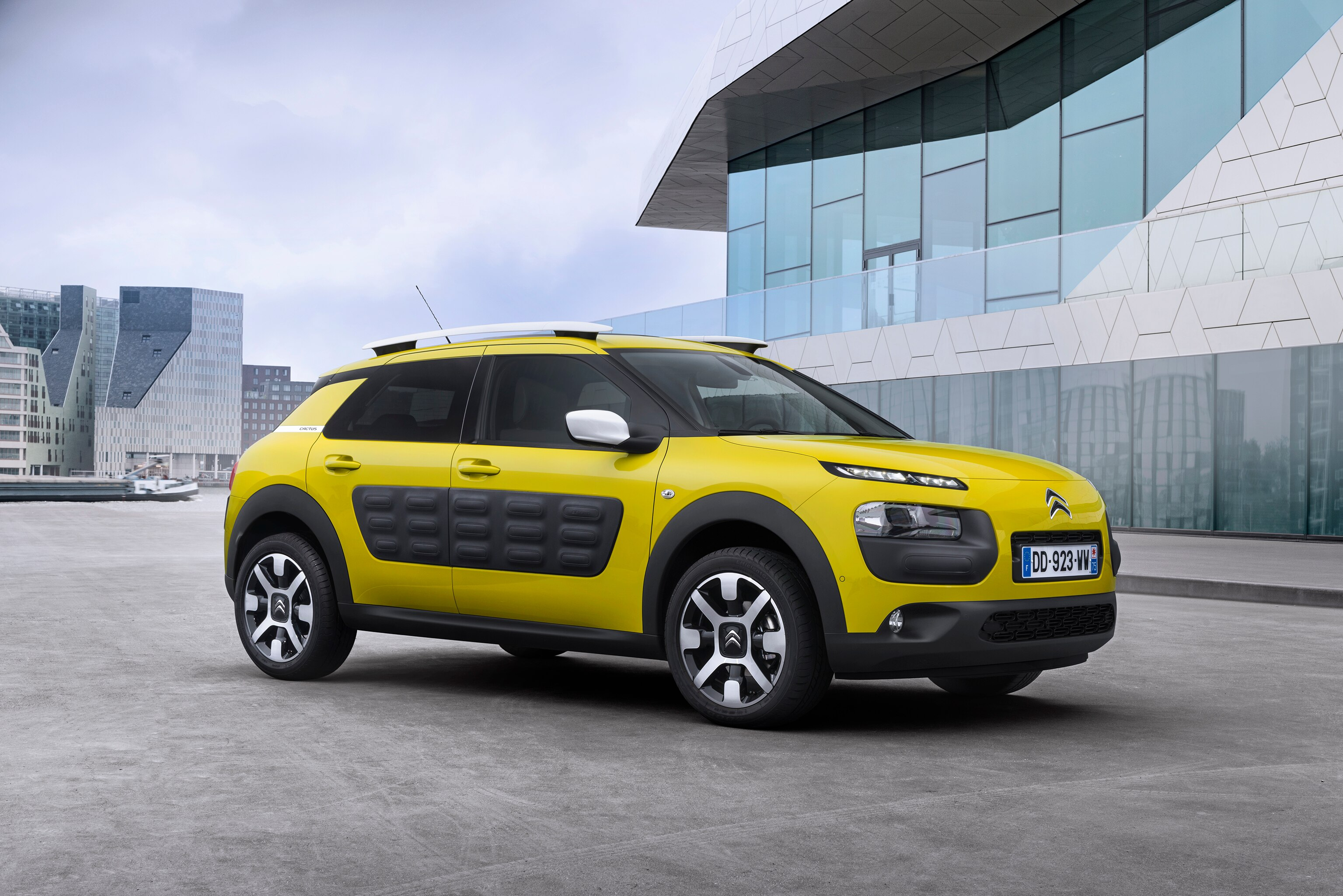 discover the full range of citron cars