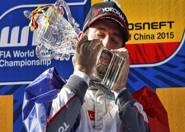 600x430_Citroën_Racing_WTCC_Champion_2015_1